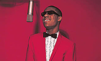 stevie-wonder-red-tux
